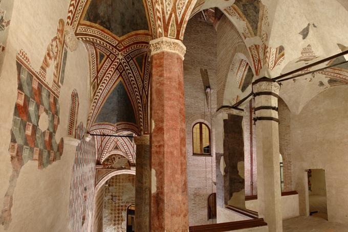 foto 2 scala gotica copia